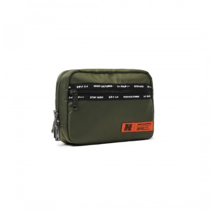 SANDSTONE Tag Small Essential Bag | Army - 47